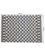 Black & White Diamond Pattern Rug With Tassels